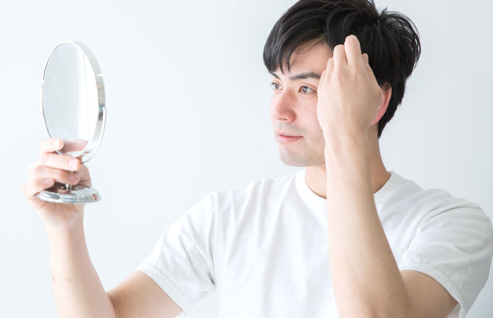 【AGA基礎知識】AGA(男性型脱毛症)の原因とは…?